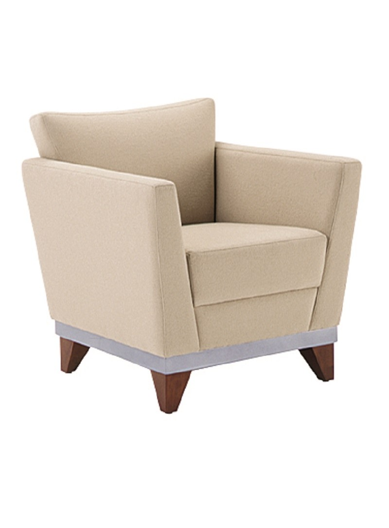 Huddle Chair